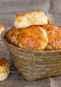 Cheddar Cheese Buttermilk Biscuits - delicious, tender, flaky and cheesy biscuits.
