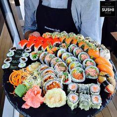Cute Food, I Love Food, Good Food, Yummy Food, Sushi Comida, Japanese Food Sushi, Exotic Food, Food Platters, Food Goals