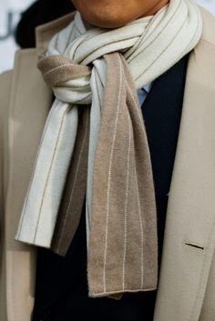 \\ cashmere pinstripe scarf