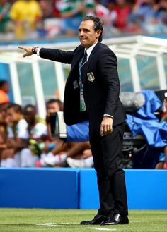 Costa Rica Edges Italy 1-0 To Clinch A Spot In World Cup Round Of 16 RECIFE, BRAZIL - JUNE 20: Head coach Cesare Prandelli of Italy gestures during the 2014 FIFA World Cup Brazil Group D match between Italy and Costa Rica at Arena Pernambuco on June 20, 2014 in Recife, Brazil. (Photo by Robert Cianflone/Getty Images)