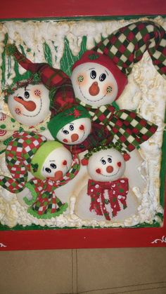 Christmas Decorations, Holiday Decor, Advent Calendar, Seasons, Body Parts, Decor Pillows, Xmas, Christmas Candy, Christmas Cushions