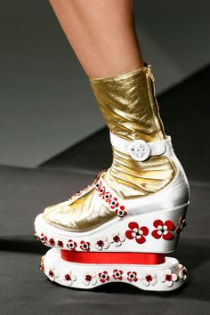 Is it an ice skate? A platform? We need answers! {Prada Spring 2013 RTW}