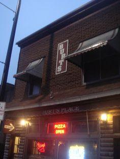 Journospeak: Burt's Place: Bourdain's pick for Chicago style pi...