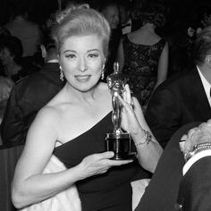 Greer Garson won Oscar 1960 Best Actress in a Leading Role Sunrise at Campobello