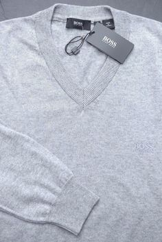 NWT Hugo Boss Men's Black Tag V-Neck Soft Cotton & Wool Light Gray Sweater