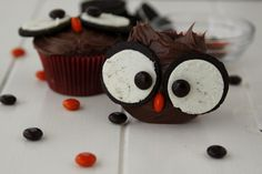 oreo owl cupcakes! so adorable