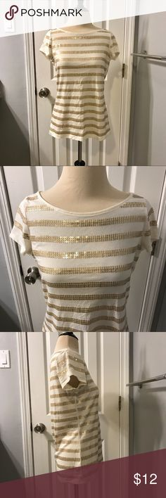 LOFT Cream & Gold Sequin Stripe Top Sz M - Pre-owned in excellent condition - 26 in. length - 17.5 arm pit to arm pit measured flat - Scoop Neck - Short Sleeve - 93% Cotton, 7% Spandex  **Non-smoking, pet-free location** Items are shipped within 1 business day of payment Monday - Friday. Items paid for on the weekend or holiday will be shipped the next business day.  Thanks so much for looking!! LOFT Tops Tees - Short Sleeve