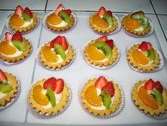 Mini Fruit Pies, Mini Pies, Mini Desserts, Tart Recipes, Dessert Recipes, Cooking Recipes, Mini Tartlets, Dessert Packaging, Egg Tart