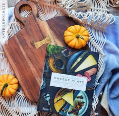 The perfect gift for your cheese loving friend. Anthropology Home, Anthropologie Gifts, Artisan Kitchen, Appetizer Recipes, Appetizers, Kitchenette, Kitchen And Bath, Kitchen Design, Sweet Home