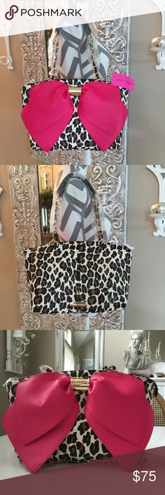 """🎈1 HOUR SALE🎈Betsey Oh 🎀Nanza Bag OMPosh!😍 This bag is Beautiful! 17.5"""" X 13.5"""" with 9"""" handle drop. 3 inside slip pockets & zip pocket and key chain holder. NWT 🎈HP🎈Chosen by Alissa💖 @alissahicks Top Trends Party🎉 6/17/16 Check out Alissa's Beautiful closet!😘 Thank you Alissa! 🎈HP🎈 chosen by Tina🌺@tinareem 6/17 Best in Bags Party🎉 Check out Tina's Beautiful closet!💕 Betsey Johnson Bags"""