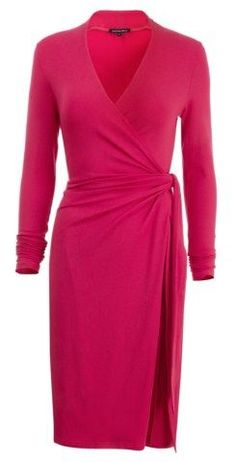 Dresses for Women Over 50 | wrap dress for women over 50 image #fashionover50womenfiftynotfrumpy