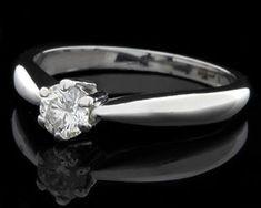 Unique #WhiteGold #DiamondRings for Women #WhiteGoldDiamondRings