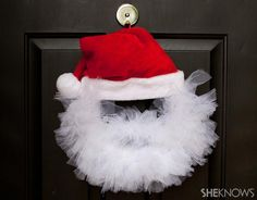 DIY Tutorial DIY Santa Ornaments / DIY Tulle santa wreath - Bead&Cord