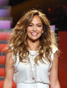 love these messy waves-Jennifer Lopez