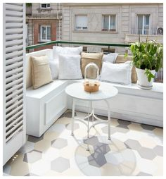 House with a Cool Design 7 (outdoor balcony tiles) Balcony Tiles, Balcony Flooring, Balcony Design, Apartment Balcony Decorating, Apartment Balconies, Cozy Apartment, Interior Balcony, White Apartment, Apartment Hacks