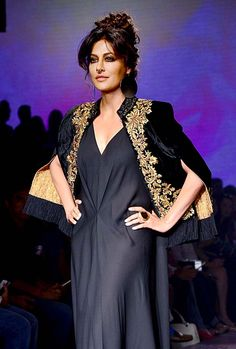 Kareena Kapoor Khan, Shilpa Shetty, Chitrangda Singh, Rana Daggubati, Genelia Deshmukh and a host of other Bollywood celebrities attended the grand finale of Lakme Fashion Week Winter Festive 2015 in Mumbai on Sunday Indian Attire, Indian Outfits, Stylish Dresses, Fashion Dresses, Lakme Fashion Week 2015, Chitrangada Singh, Afghan Dresses, Indian Bollywood Actress, Royal Dresses