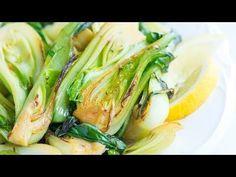 10 Minute Lemon Garlic Sauteed Bok Choy Recipe Videolu Tarif - Yemek Tarifleri - Resimli ve Videolu Yemek Tarifleri Salmon Recipes, Vegetable Recipes, Bok Choy Rezepte, Waffles, Salsa Barbacoa, Cooking Recipes, Healthy Recipes, Ww Recipes, Popular Recipes