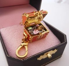 Juicy Couture treasure chest charm, this is on my must buy list now
