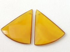 Yellow Chalcedony Faceted Triangle Shape 2 pcs by gemsforjewels