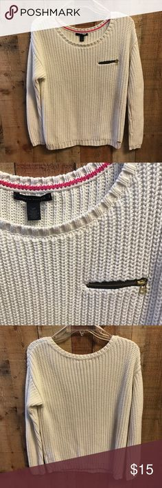Tommy Hilfiger Sweater White with front zipper pocket. Great condition Tommy Hilfiger Sweaters Crew & Scoop Necks