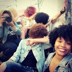 WEBSTA @ candaceboskop - Team like! #dab #naturalcurlsrock #afrohair #naturalhair #gwc #afrocurls #colouredgirlmagic #captown #southafrica #boskoprepublic  #afrophotoshoot 📷👑🌻