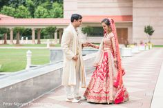 View photo on Maharani Weddings http://www.maharaniweddings.com/gallery/photo/94010