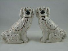 Antique Staffordshire Porcelain Dog Figurine