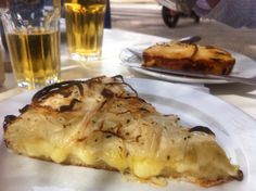 Fugazzeta & empanadas in Buenos Aires, Punto y Banca ::