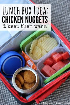 Nuggets - Lunch box idea Baked Chicken Nuggets are a fun lunch idea for kids. My kids love this warm lunch.Baked Chicken Nuggets are a fun lunch idea for kids. My kids love this warm lunch. Back To School Lunch Ideas, Healthy School Lunches, School Lunch Box, Healthy Meals For Kids, Good Healthy Recipes, Kids Meals, Cold Lunch Ideas For Kids, Quick Easy Lunch Ideas, Packing School Lunches