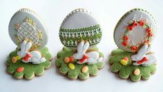 GINGERBREAD HOUSE~ BUNNY & EGG GINGERBREAD