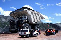 Dumptruck holds 447 tons of coal Dump Trucks, Cool Trucks, Big Trucks, Mining Equipment, Heavy Equipment, Heavy Machinery, Heavy Truck, Coal Mining, Camping Car