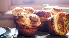 Nutmeg &Pepper Popovers - This unconventional popovers recipe stars nutmeg and black pepper, making it the perfect savory dinner roll (or salty snack). Quinoa Muffins, Savory Muffins, Super Bowl Essen, Salty Snacks, Side Dish Recipes, Bon Appetit, Food Dishes, Gourmet, Crack Crackers