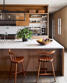 Great kitchens shouldn't just function–they should perform, whisking together bold design with the best new tech. Discover the fixtures, surfaces, furniture and appliances that earned the #ADGreatDesign2017 award through the #linkinbio Photo by @thefacinator; design by @grovesandco