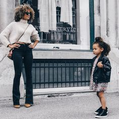 Mother and daughter scouting the city