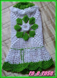 capa de liquidificador em croche - Pesquisa Google Crochet Kitchen, Crochet Home, Crochet Motif, Crochet Flowers, Crochet Organizer, Crochet Storage, Easter Crochet, Crochet Baby, Knitting Patterns