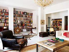 Uma decoração calorosa e elegante. Veja: http://www.casadevalentina.com.br/blog/detalhes/um-lar-caloroso-3006  #decor #decoracao #interior #design #casa #home #house #idea #ideia #detalhes #details #style #estilo #casadevalentina #livingroom #saladeestar