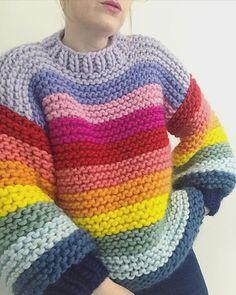 Crochet Jumper, Knit Crochet, Crochet Clothes, Diy Clothes, Hand Knitting, Knitting Patterns, Rainbow Sweater, Mein Style, Mode Streetwear