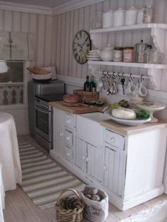 miniatyrmama: The Arthur Dollhouse ~ Miniature Kitchen, done in 1:12 scale.