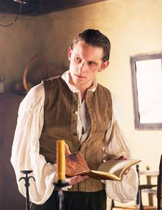 Jaime Bell as Abe Woodhull in TURN. My inspiration for Finn O'Brien. Just imagine him with an eyepatch and blonde hair. :)
