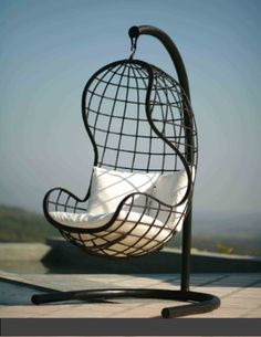 33 Amazing Outdoor Hanging Chairs : 33 Awesome Outdoor Hanging Chairs With Black White Cushion With Ceramic Floor And Outdoor View