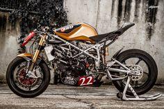 DUCATI 1198 Matador Racer by Radical Ducati (via Return of the Cafe Racers - photo Del Perro)