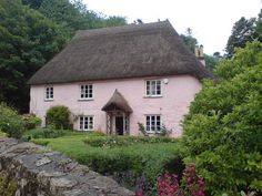 Thatched House in Devon (by DerbyRed) Cottage Living, Cozy Cottage, Cottage Homes, Cottage Style, Cottage Gardens, Thatched House, Thatched Roof, Little Cottages, Cabins And Cottages