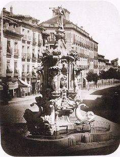 Plaza de Antón Martín, 1864. A.Bagué. Museo Municipal (Madrid) .