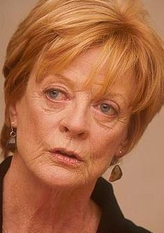 """Maggie Smith, photographed during an interview for """"My House In Umbria"""", English Actresses, British Actresses, British Actors, Hollywood Actresses, Old Hollywood, Actors & Actresses, Maggie Smith Young, Companion Of Honour, Angela Lansbury"""