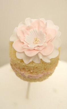Naked Cake Pop With Pink Flower