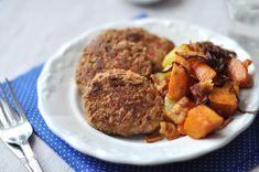 Pulykafasírt zabpehellyel - csakapuffin.hu Ale, Bacon, Pork, Meat, Ethnic Recipes, Kale Stir Fry, Ale Beer, Pork Chops, Pork Belly