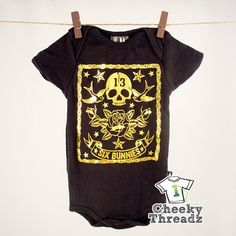 Baby Romper Birds n' Skull Gold Baby Onesie Romper Cool punk rock baby clothes Baby Momma, Baby Boy, Honey Bee Kids, Punk Rock Baby, Rockabilly Baby, Goth Baby, Baby Rocker, Baby Tattoos, Star Baby Showers