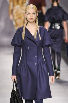 The sleeves are fabulous! This has Karl Lagerfeld written all over it. :) Fendi Fall 2012 #MFW