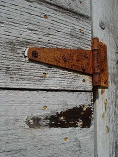old, rusty hinge