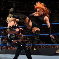 Becky Lynch vs. Natalya: photos